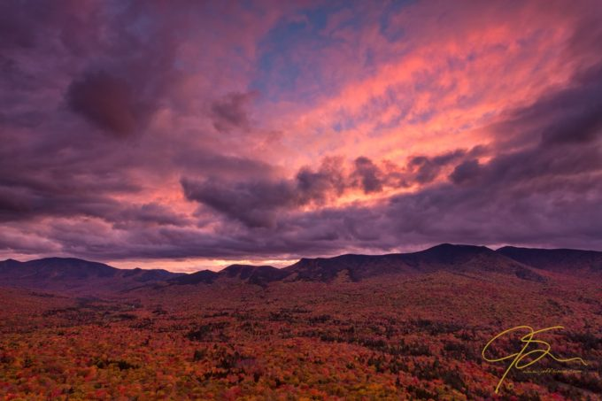Worth the wait. @nhclickchick @chriswhiton and I had just about given up any hopes of a dramatic sky over the Pemigewasset Wilderness last night and were getting ready to pack it in and get ready for the 5 mile hike back to the car. Then this started to happen. We stayed and hiked out in the dark.